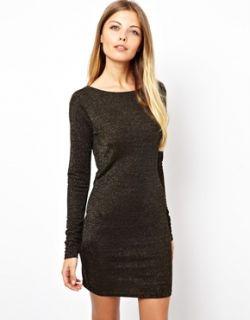 Vero Moda  Vestido con escote redondo bajo en la espalda e hilos metálicos de Vero Moda en