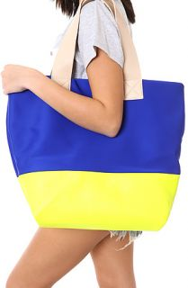 Accessories Boutique Tote Neon Horizons in Blue