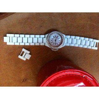 BONGO Women's BG147 White Bracelet Watch: Watches