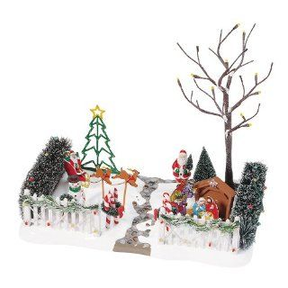 Department 56 Village Festive Front Yard   Christmas Yard Decorations