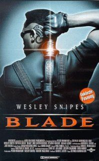 Blade [VHS]: Wesley Snipes, Stephen Dorff, Kris Kristofferson, N'Bushe Wright, Donal Logue, Udo Kier, Arly Jover, Traci Lords, Kevin Patrick Walls, Tim Guinee, Sanaa Lathan, Eric Edwards, Stephen Norrington, Andrew J. Horne, Avi Arad, Jon Divens, Josep