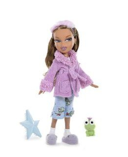 Bratz Sleep Over Yasmin: Toys & Games
