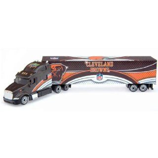 2008 Upper Deck Collectibles NFL Peterbilt Tractor Trailer   Cleveland Browns Diecast NFL : Sports Fan Toy Vehicles : Sports & Outdoors