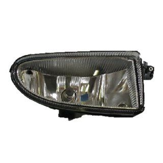 01 05 Chrysler PT Cruiser Front Driving Fog Light Lamp Right Passenger Side SAE/DOT Approved Automotive