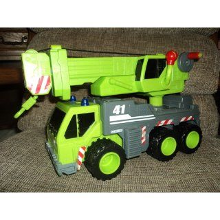 Matchbox Real Action Crane Truck Toys & Games