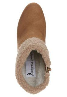 Ladystar by Daniela Katzenberger KAYLA   Platform boots   brown