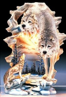 """3 Wolves Resin Desk  Table Accent Lamp   Decorative   Approx 11"""" Tall   Indoor Figurine Lamps"""