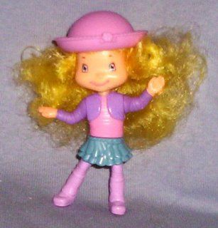 Strawberry Shortcake Angel Cake Figure Toys & Games