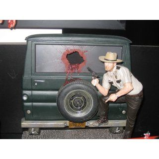 McFarlane Toys Movie Maniacs Series 7 Action Figure Texas Chainsaw Massacre Sheriff Hoyt: Toys & Games