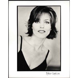 "Tyler Layton ""Silk Stalkings"" Actress 8"" X 10"" Original Agency Photo (looking ahead): Tyler Layton: Books"