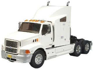 Tamiya 1/14 RC Ford Aeromax Semi Truck Kit: Toys & Games
