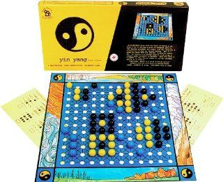 Family Pastimes / Yin Yang   A Meditative Co operative Strategy Game: Toys & Games