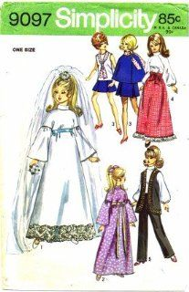 Simplicity 9097 Sewing Pattern 11 1/2 inch Doll Wardrobe for Barbie Julia Maddie Mod: