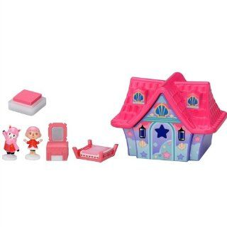 Animal Crossing New Leaf Character Stamp House Furniture Set   Girl And Lisa: Video Games