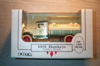 ERTL 1931 Hawkeye Tanker Bank (Dairy Fresh) Toys & Games