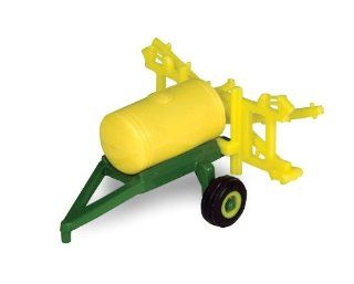 John Deere Pull Behind Sprayer: Toys & Games