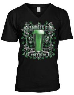 Emo Men's Shamrock Pub, Luck Of The Irish V neck T shirt Clothing