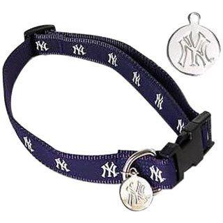 Sporty K9 New York Yankees Dog Collar, Small