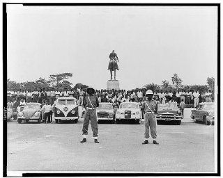 Policemen, citizens, Leopoldville, outside national palace, election results, 1960   Prints