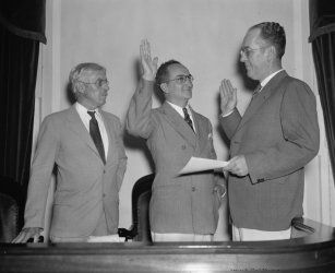 1937 photo New member of U.S. Tariff Commission takes oath. Washington D.C., c7