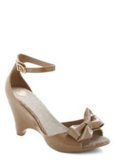 All Dolled Up Wedge in Day  Mod Retro Vintage Heels