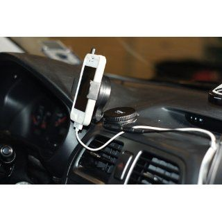 iOttie, Inc. Windshield Dashboard Car Mount Holder for Smart Phones   Retail Packaging   Black: Cell Phones & Accessories