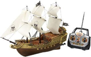 Remote Control Pirate Ship   SAIL MAY BE RED OR WHITE   COLOR SENT AT RANDOM: Toys & Games