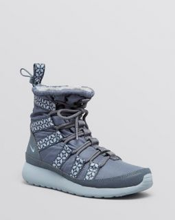 Nike High Top Cold Weather Sneakers   Women's Rosherun